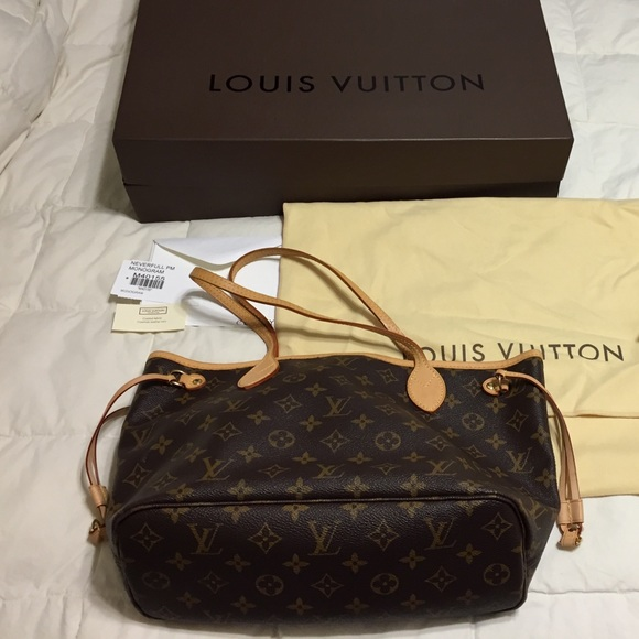 af82f48f1b6b Louis Vuitton Handbags - Authentic Louis Vuitton Neverful PM Bag